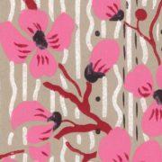 zoom tête de lit  en tissu cerisiers